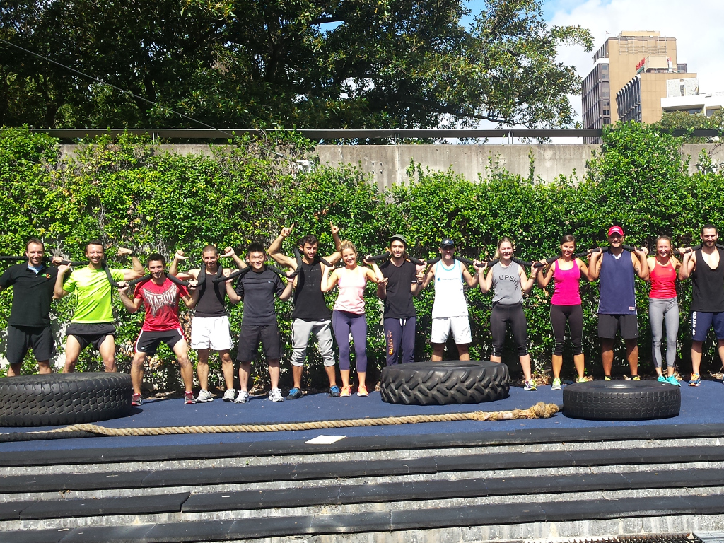 58b1e4dc8e__ACSF photo of Sydney fitness students outdoor exercising.jpg